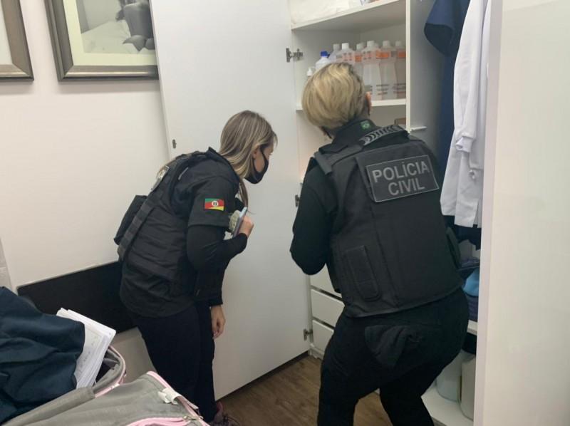 Em Porto Alegre, Polícia Civil deflagra Operação Hipócrates com o intuito de investigar crimes sexuais em clínica médica