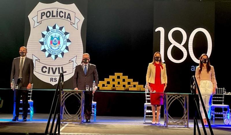 Subchefe da Instituição; Vice-governador e Secretário da SSP/RS; Chefe de Polícia e Diretora-geral da Acadepol
